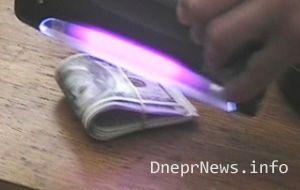Чиновник попался на взятке 4000 долл