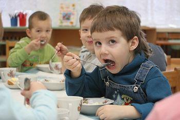 Детям в кашу не докладывают масла