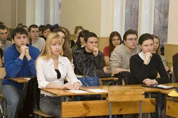 В 2011 году из-за нехватки студентов могут закрыть вузы