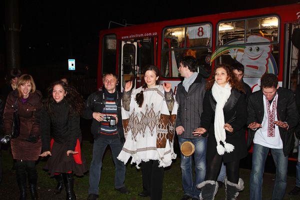Шаманские танцы в днепропетровском троллейбусе