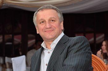 Мэра Днепропетровска в третий раз избрали президентом Ассоциации городов Украины