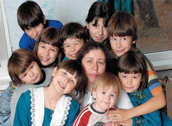 Святой Николай одарит матерей-героинь