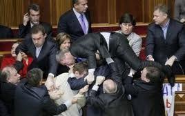 Прокуратура возбудила уголовное дело против депутатов от БЮТ