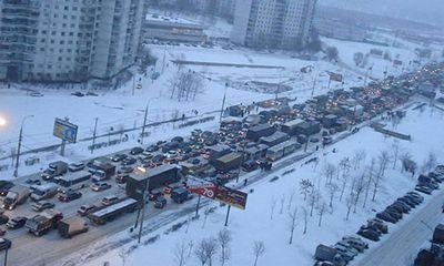 Длина пробок в Москве составила три тысячи километров