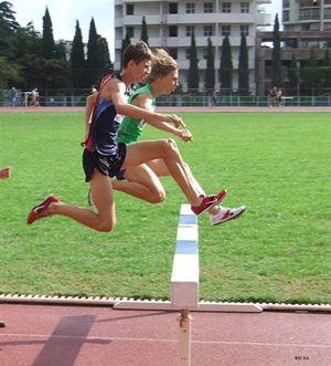 Наши легкоатлеты убегают тренироваться в другие области