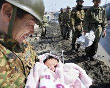 В Японии 4-месячная девочка выжила, пробыв 3 дня под завалами