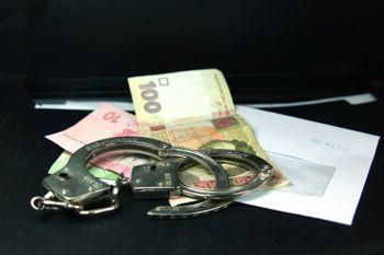 Участковый требовал взятку в 10 тысяч гривен