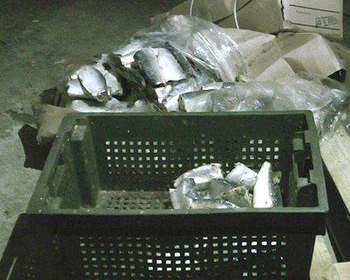 В Никополе «прикрыли» подпольных цех по производству рыбных консервов