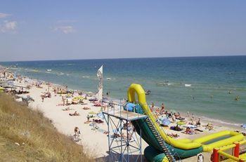 Популярный курорт на Азовском море закрывают из-за канализации