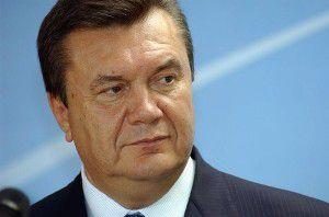 Янукович в честь Пасхи пожелал украинцам благополучия