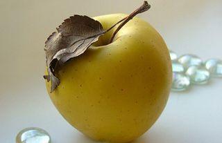 Подорожание яблок в Украине привело к росту потребления бананов
