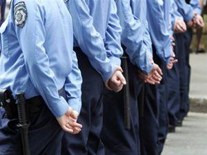 Украинская милиция решила стать полицией, чтобы получать больше денег