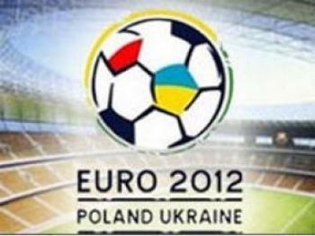 Проморолики Украины к Евро-2012 предложили показывать в самолетах
