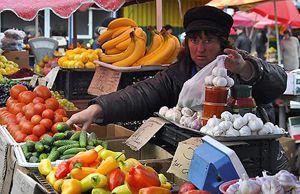 За год овощи и фрукты подорожали на 72%
