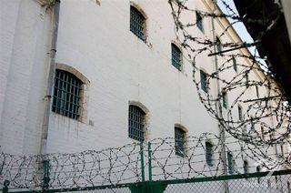К 20-летию независимости из тюрем выпустят 16 тысяч человек