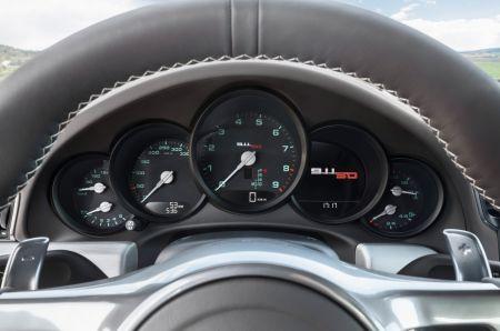 Представлен Porsche 911 50