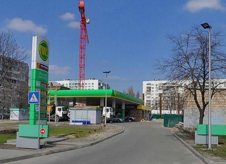 Треть киевского топлива названа фальсификатом