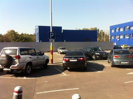 Штрафы на парковках достигнут 300 гривен