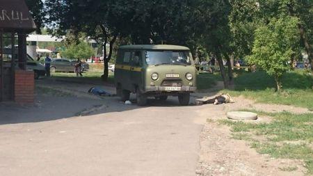 В Харькове напали на почтовый автомобиль: мужчина расстрелял из автомата троих людей