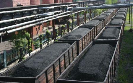 Украина начала вывоз угля из зоны АТО
