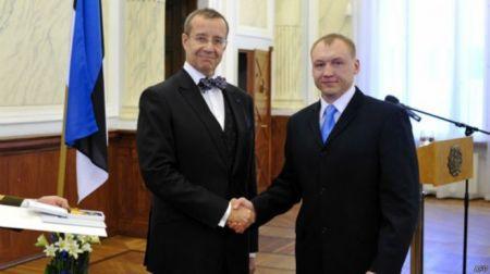 От РФ требуют немедленно отпустить осужденного эстонского полицейского