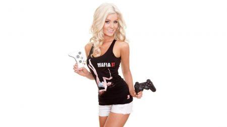 Playboy перестанет публиковать фото обнаженных красавиц