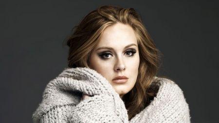 В сети появилась первая песня Адель за три года.