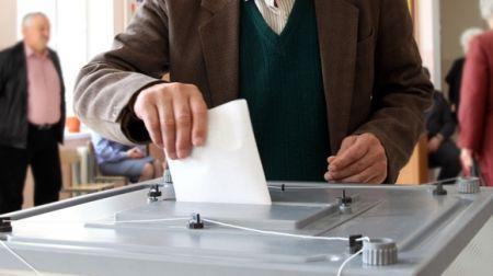 Куда пропали видеокамеры для выборов за миллиард и когда украинцы смогут голосовать в сети
