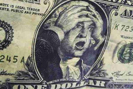Эксперты увидели риски на валютном рынке