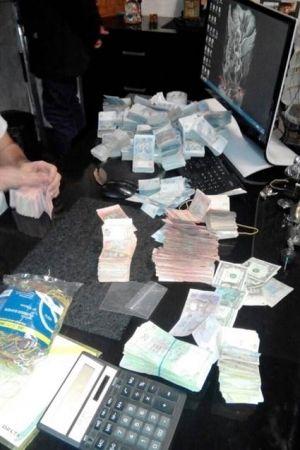 В центре Днепропетровске работал элитный покерный клуб (ФОТО)