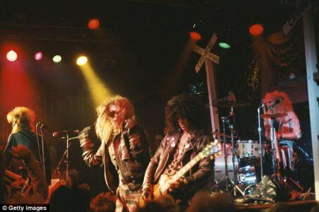 Guns N Roses воссоединились спустя два с лишним десятилетия в своем золотом составе.