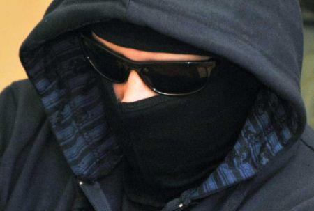 В Днепре полиция задержала мужчину, отбиравшего сумки у женщин
