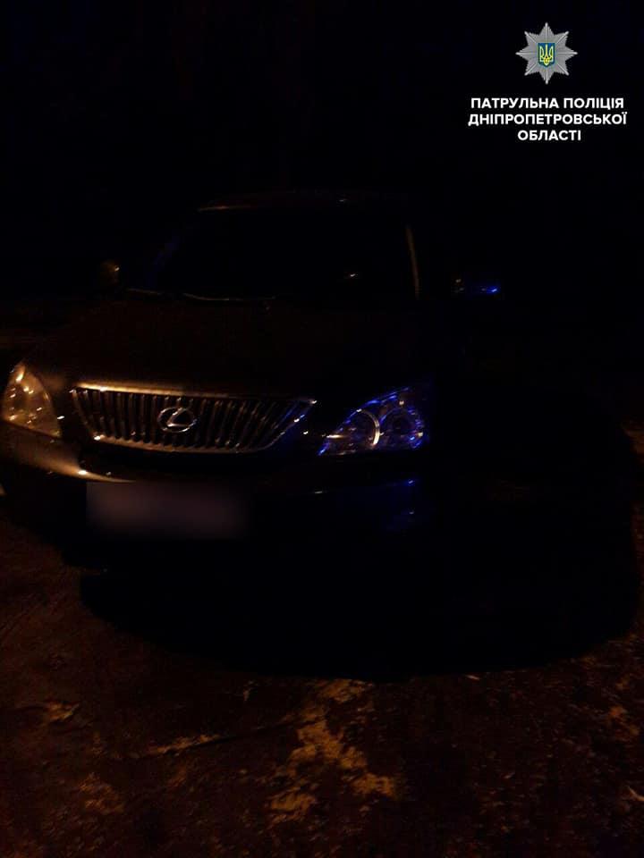 Злоумышленники сносили награбленное в Lexus