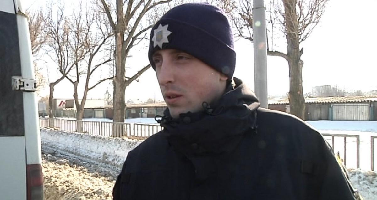Этим занимаютсяинспекция по благоустройству Днепровского городского совета, представители департамента транспорта и транспортной инфраструктуры, а также полиция