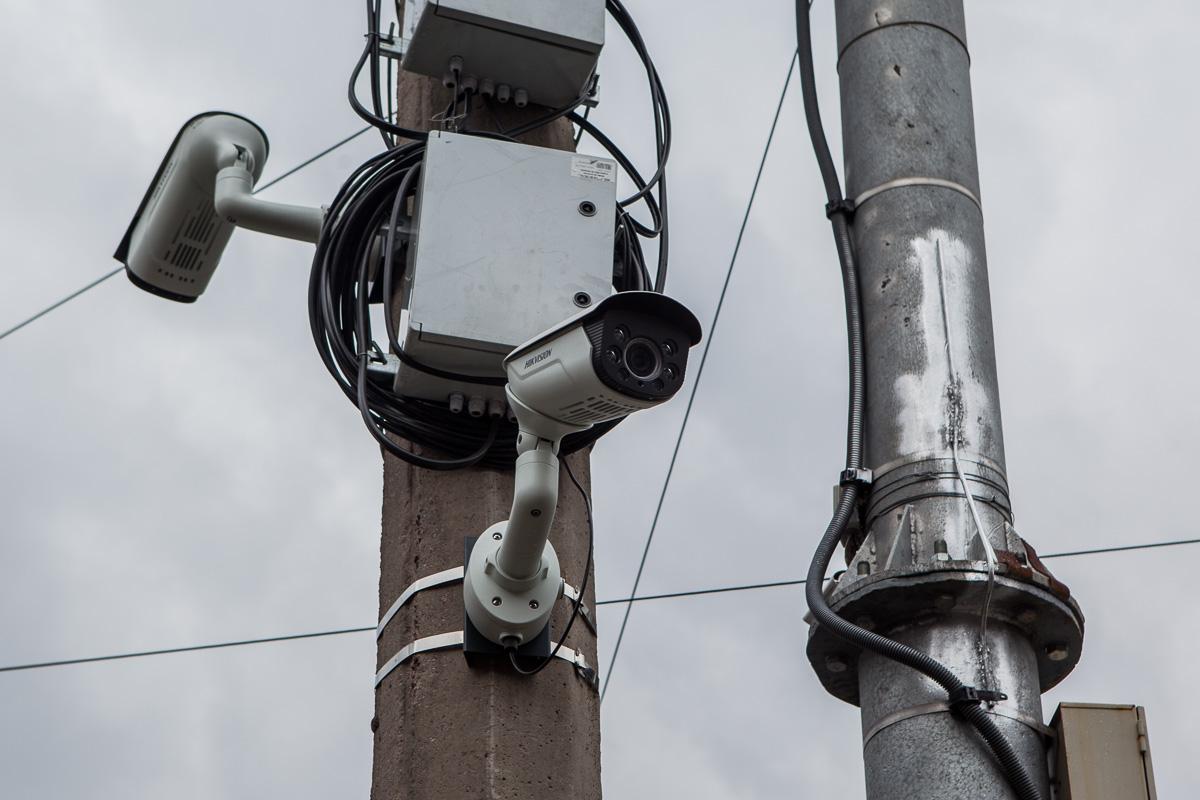 В городе установлены 350 камер, которые охватывают все основные транспортные артерии Днепра