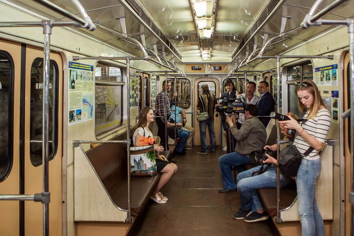 3 мая в метро Днепра впервые запустили вагон-музей