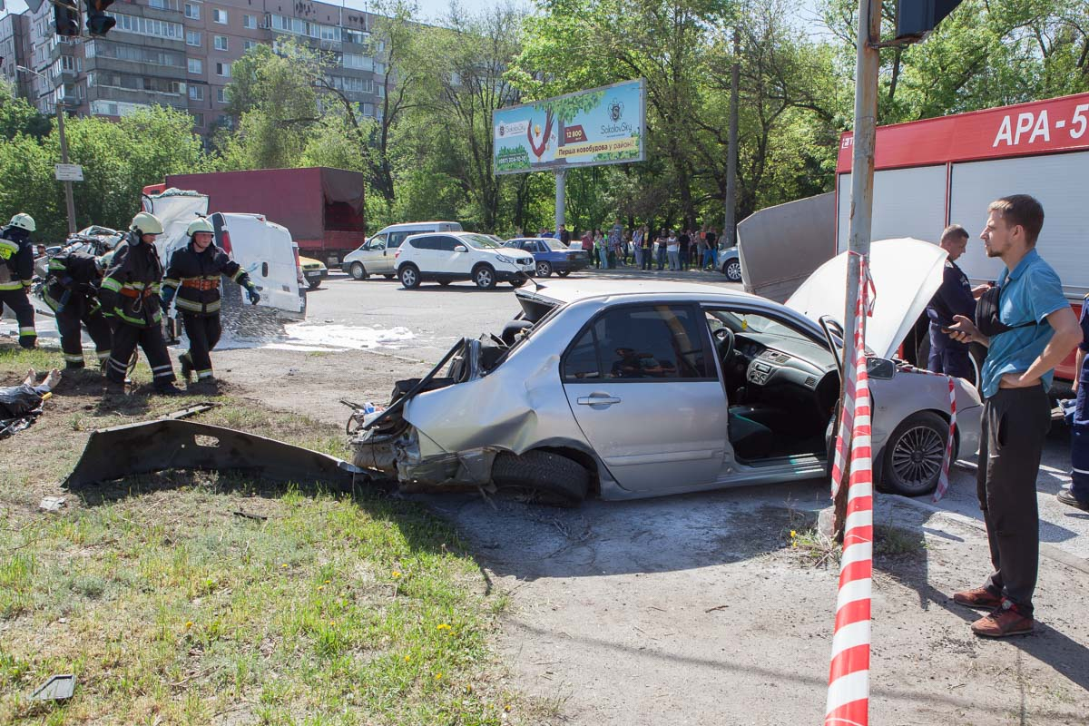 Водитель и пассажиры легковушки обошлись без серьезных травм