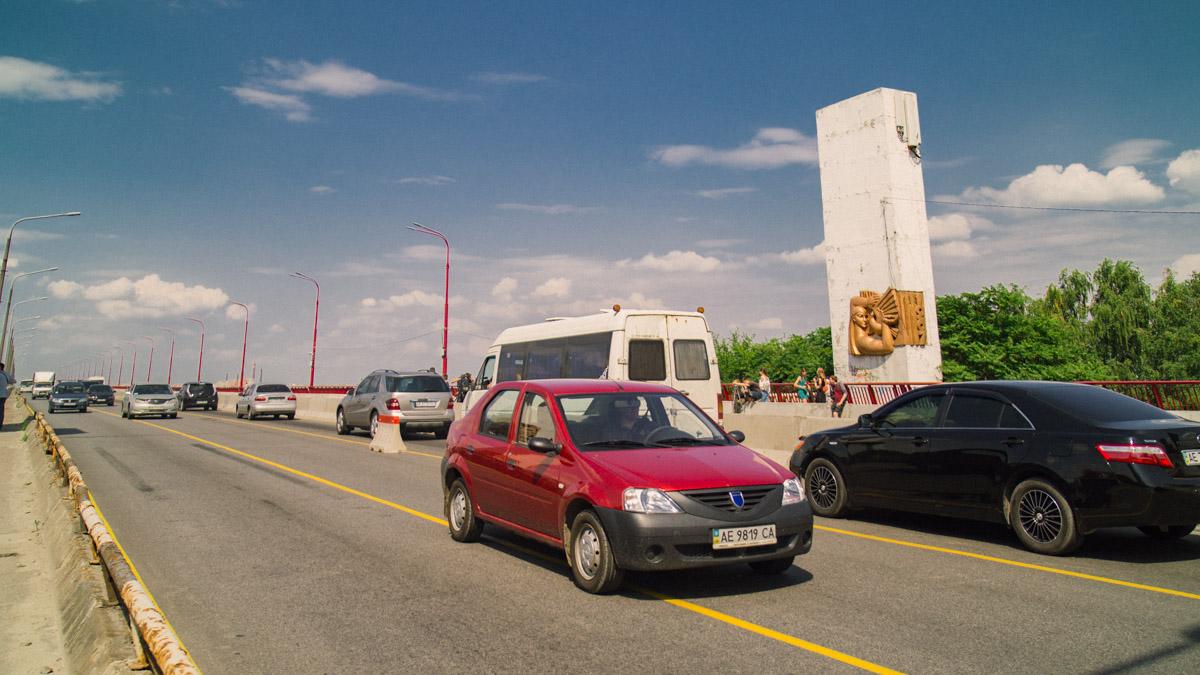 На Новом мосту реверсивное движение происходит в ручном режиме