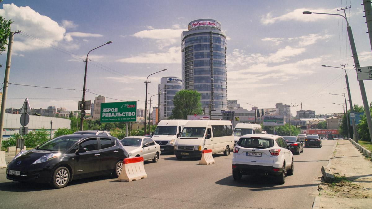 Пробки на Новом мосту отныне - явление постоянное